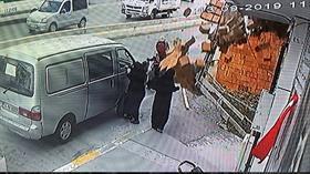 Esenyurt'ta inşaattaki tuğlalar kadının üzerine böyle düştü