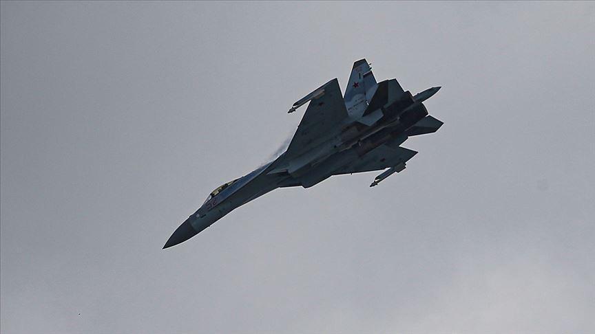 TEKNOFEST için Türkiye'ye gelen Rus uçağı Su-35 İstanbul semalarında gösteri yaptı