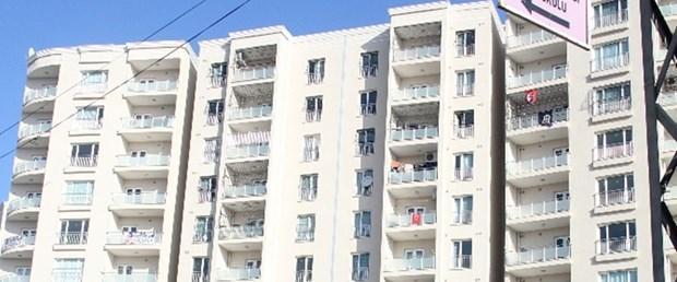 Adana'da pencereden düşen çocuk hayatını kaybetti