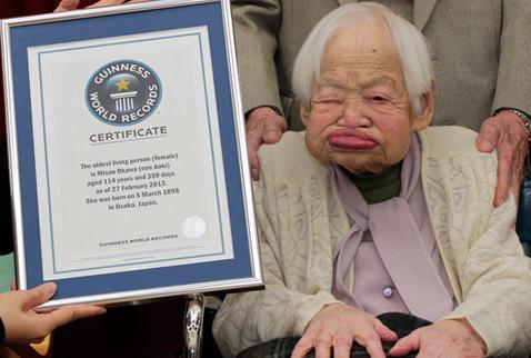 Japonya'dan yaşlı nüfus rekor seviyeye ulaştı