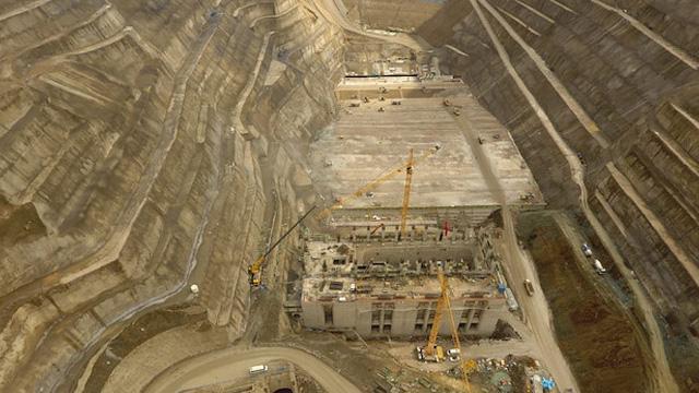 Türkiye ve Avrupa'nın en büyük barajı 2020 yılında hizmete giriyor