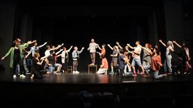Bursa Devlet Tiyatrosu perdelerini 55 yıllık başyapıtla açacak
