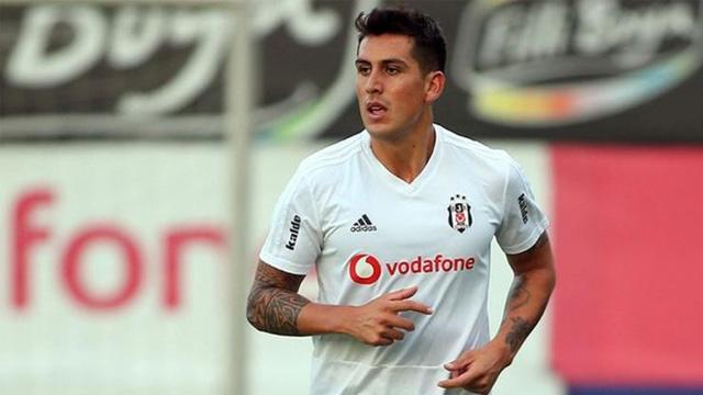 Beşiktaş'ta Enzo Roco'nun kasık adalesinde zorlanma tespit edildiği açıklandı