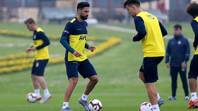 Fenerbahçe, Mehmet Ekici ve Tolgay Arslan'la Ocak'ta yollarını ayırıyor