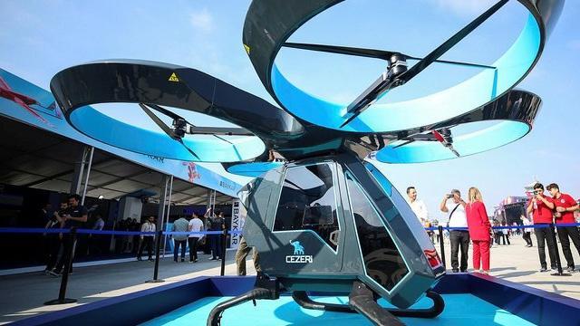 Uçan Araba Cezeri TEKNOFEST'te: Şehir içi taşımacılıkta kullanılacak