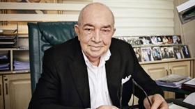 Türker İnanoğlu hastaneye kaldırıldı!