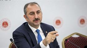 Adalet Bakanı Gül: Kimse asil şerefli Türk yargısına saldırmaya kalkmasın