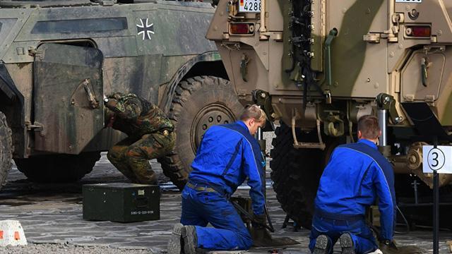Almanya, Suudi Arabistan'a silah ihracatını durdurma kararını 6 ay daha uzattı