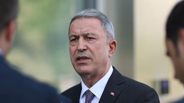 Milli Savunma Bakanı Akar: Sınır boyunca üs kuruyoruz