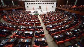 AK Parti kurmayları, yargı reformu düzenlemesini MHP'ye sundu