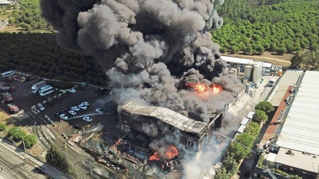 CHP ve İP terör örgütüne kalkan oldu