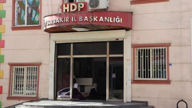 'HDP, terör örgütü PKK'nın legal partisidir'