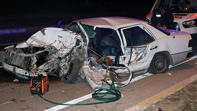 Otomobil ata çarptı! Ölü ve yaralılar var...