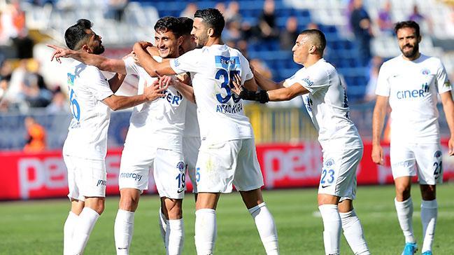 Kasımpaşa evinde Antalyaspor'u 3-0 mağlup etti