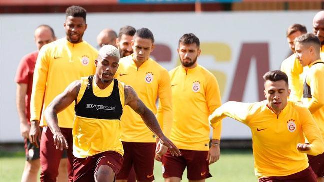 Malatya'da futbol şov var! Yeni Malatyaspor-Galatasaray muhtemel 11'ler