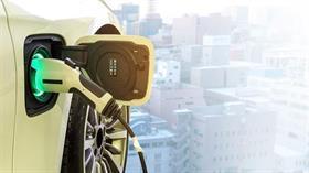Devlerin elektrikli otomobil hazırlıkları devam ediyor