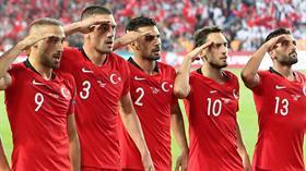 Galatasaray, Hakan Çalhanoğlu için Milan'a 6 milyon Euro teklif etti