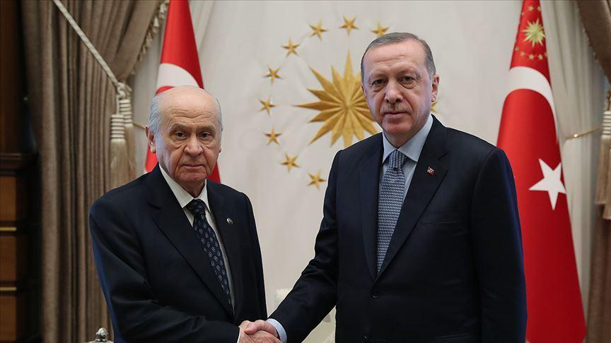 Başkan Erdoğan, MHP Genel Başkanı Devlet Bahçeli'yi arayarak geçmiş olsun temennisini iletti
