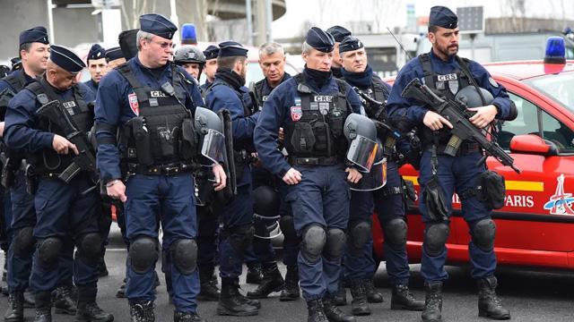Fransa-Türkiye maçında 2000 polis görev alacak