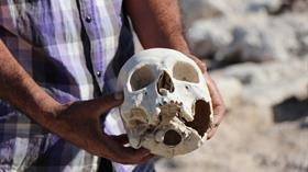 Kayseri'de baraj suyu çekildi, iskeletler ve kafatasları etrafa saçıldı