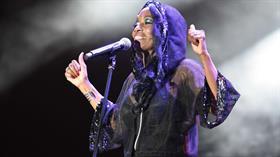Amerikalı şarkıcı Della Miles'dan Barış Pınarı Harekatı'na destek