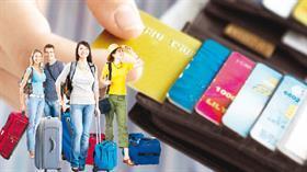 Turist 34 milyar TL'yi karttan çekti