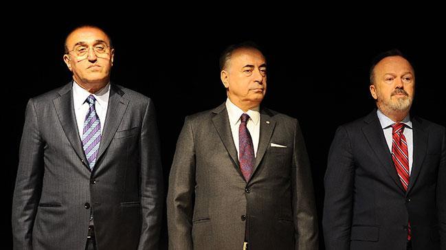 Galatasaray Yönetim Kurulu, Divan Kurulu Başkanı Eşref Hamamcıoğlu'nun istifasını istedi