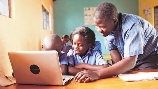 Afrikalılara dijital eğitim