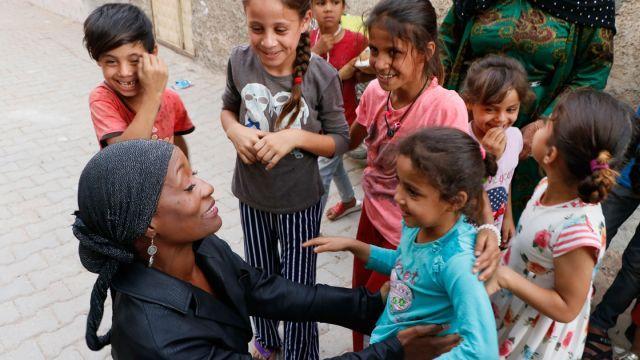 ABD'li sanatçı Della Miles'tan Barış Pınarı Harekatı'na destek