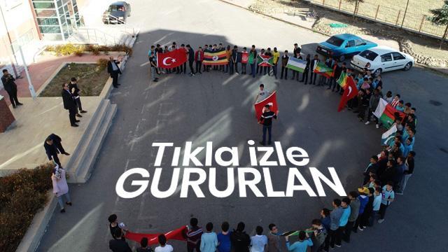 Afrikalı öğrencilerden Mehmetçiğe destek