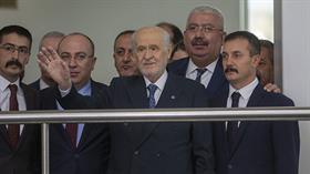 MHP lideri Devlet Bahçeli'den sakal mizahı