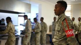 Türkiye 60 bin Somalili askeri giydirecek