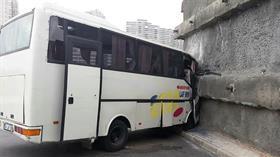 Başakşehir'de işçi servisi kaza yaptı
