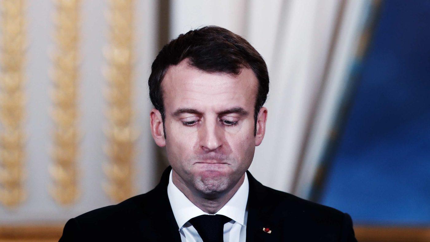 Fransa siyaseti karıştı! Macron'dan başörtüsü için kesin talimat