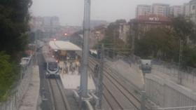 Köprü altındaki yangın Marmaray seferlerini aksattı