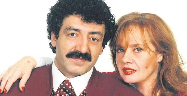 Müslüm Gürses'in eşi Muhterem Nur kimdir? Muhterem Nur kaç yaşında?