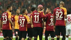 Galatasaraylı yıldız devre arası takımdan ayrılıyor