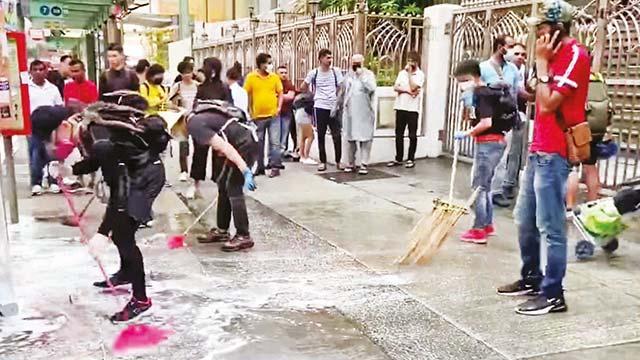 Başbakandan özür göstericilerden temizlik