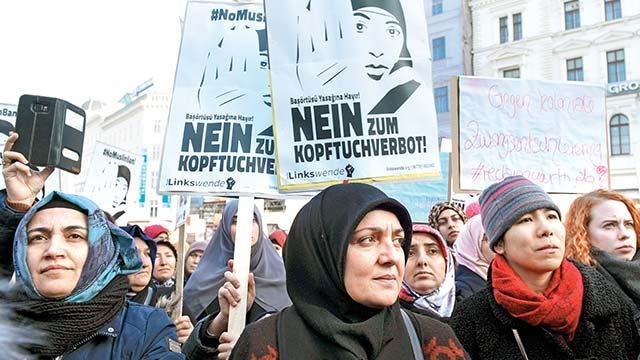 Avusturya'dan başörtüsüne bir yasak daha
