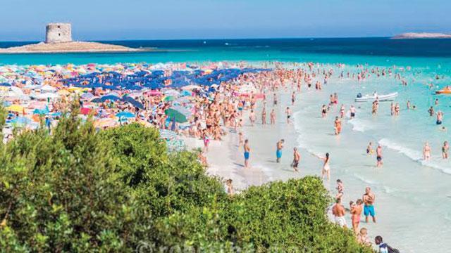 Ünlü plaja turist sınırlaması