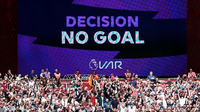 Premier Lig'de VAR tartışmaları alevlendi