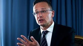 Macaristan AB'yi uyardı: Ankara ile iyi geçinmek zorundayız