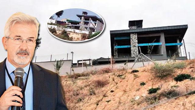 CHP'li başkanın kaçak villasında yıkım