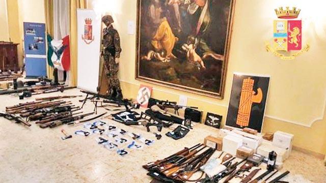 Neonazilerden camiye saldırı planı