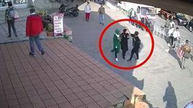 Karaköy'de başörtülü kadınlara saldıran ismin dini değerlere de doğrudan saldırıda bulunduğu ortaya çıktı
