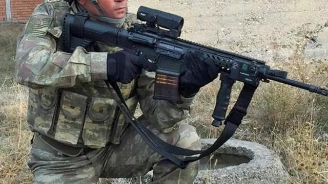 Yerli ve milli makineli tüfek PMT-76 test aşamasında