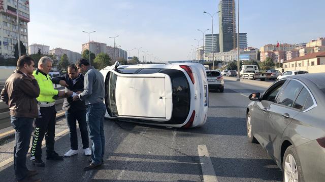 E-5'te zincirleme kazada bir araç takla attı