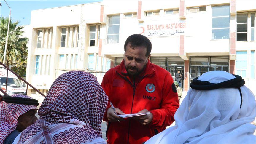 'Gönüllüler ordusu' Barış Pınarı Harekatı bölgesinde yaraları sarıyor