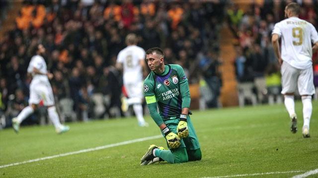 Galatasaray'a bir şok da Fernando Muslera'dan geldi