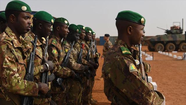 Mali'de askeri birliğe terör saldırısı: 24 ölü, 29 yaralı